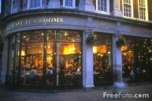 90_06_1-bettys-cafe-tea-room_web
