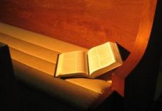 1140201_bible_in_pew